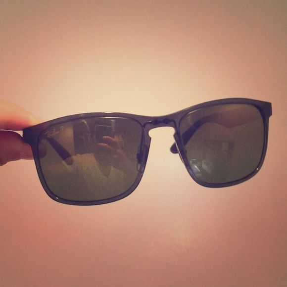 f2c680158ec5c Ray-Ban Chromance Sunglasses Polarized. M 5bd7b6c0409c154d5d598085